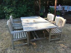 Garden patio table and chairs in solid teak