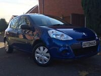 2011 Renault Clio 1.2 16v Pzaz 5dr JUST SERVICED + iPOD/AUX not ford fiesta vauxhall corsa peugeot