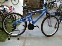 LADIES/OLDER GIRLS APOLLO ENDEAVOUR BIKE 26 INCH WHEELS 18 SPEED FULL SUSPENSION BLUE/LILAC GOOD CON