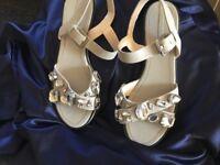 Zara woman as new sandles size 7