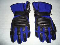 Men's Motorcycle Gloves, Triumph all season Gore-Tex - Brand new! Never Worn!