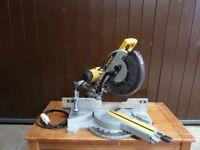 DeWalt DW718-LX Sliding Compound Mitre Saw - 110v