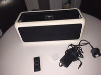 Gear4 BassStation Speaker Dock iPhone