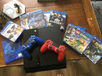 PS4 500gb, 2 controllers 11 games