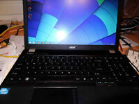 "Acer Travelmate 15.6"" scxreen windows 8.1"