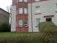 £500 2 BED ROOMS GROUND FLOOR FLAT 0/1 73 Broomknows road G21 4 YP