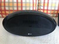 LG Clock Radio/Alarm with CD & IPOD Dock
