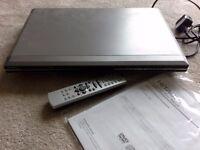 Hitachi DVD/VCD/CD Player
