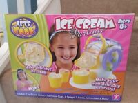 Let's Cook - Ice Cream Parlour - toy ice cream maker - brand new in box