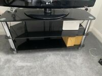 Tv stand free collection before 27/05