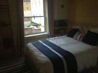 Double room to rent in a two bedroom flat in the centre of Southampton.