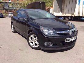 Astra 2005 3door 2 owner - 1.6 petrol - black