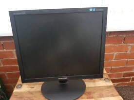 Samsung,19inch monitor ,vga port