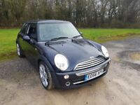 Mini Cooper 1,6 Petrol Manual 86 k Super Condition.