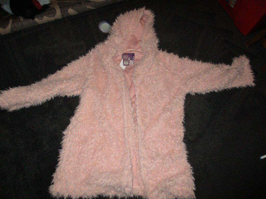NEW WITH TAGS LADIES PINK FLUFFY OVER COAT STYLE PINK DRESSING GOWN ...