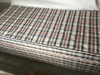 """Small single divan bed (2'6"""") good clean condition little used"""