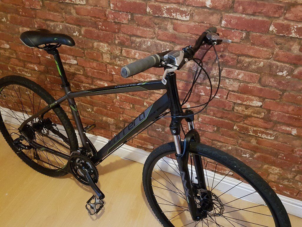 0dca116774b Carrera Crossfire 2 Hybrid Bike, Excellent Condition. Alloy Frame with Disc  Brakes. 2015/2016