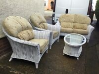 Shabby chic Summer House / Conservatory Sofa, Chairs and Coffee Table