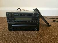 VW ORIGINAL RADIO AND CD PLAYER WITH AUX