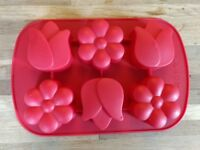 2 Silicone flexible cupcake muffin trays
