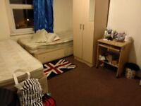 Shared room (1 bed only)/