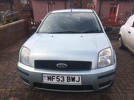 ford fusion excellent condition semi auto only 48,000 sept mot