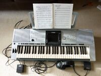 Yamaha psr 3000 Keyboard Arranger Carry Bag switch and Sustain Pedals Headphones