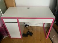 IKEA desk for home office or sewing / craft room *reduced