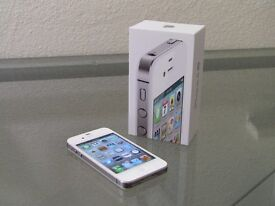 iPhone 4S 16GB White Like New and Boxed with Charger