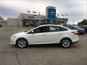 2013 Ford Focus SE 4DR, ALLOYS, LOCAL TRADE!!