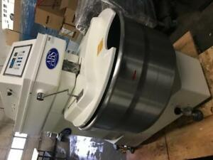 ABS Sm-200T spiral mixer 200 litre / quart like new digital for only $8995 ! Save $$$ thousands!