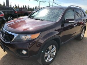 2012 Kia Sorento EX AWD ***Navigation and Panoramic Sunroof***