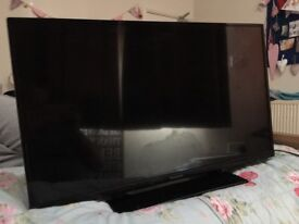 ** Broken ** Panasonic TV 32""