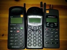 3 retro mobile phones