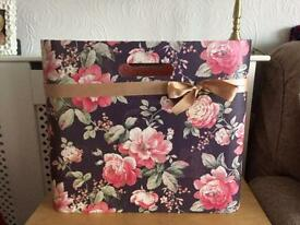 Very pretty storage box