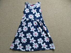 Girls blue floral sun dress (age 6-7 years)
