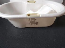 Baby bath , newborn bath rest , top and tail bowl