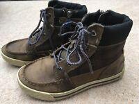 Boys Timberland boots size UK 13
