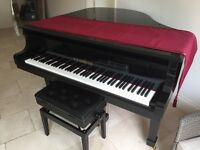 Steinhoven Black Gloss Baby Grand Piano
