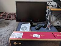 23 inch Computer Monitor and TV, LG Flatron M2362