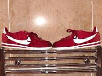 Nike shoes/Cortez size 9