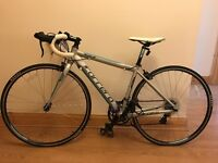 Carrera Zelos Womens Road Bike Bicycle 43cm Frame/ 700c Wheels / 14 Gears / Alloy Frame
