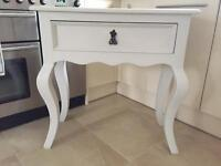 Console table / Dresser