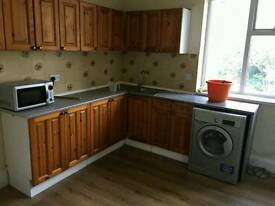 2 Bedroom Spacious Flat for rent