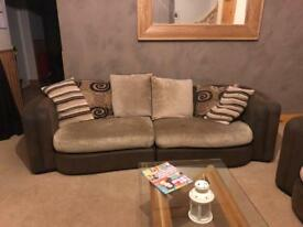 3 piece sofa suite NEEDS GONE ASAP OPEN TO OFFERS