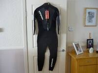 Typhoon Storm 3/2 Full Wetsuit. Size Medium. New/Unused with tags