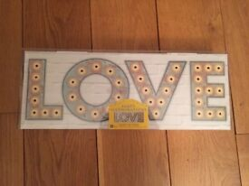 New Love Illuminated Sign LED Battery Operated Freestanding Home Decor Talking Tables New In Box
