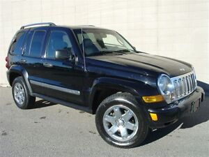 2007 Jeep Liberty Limted 4X4. Loaded! Leather! P.Sunroof!