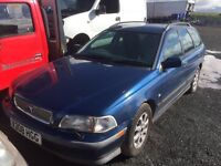 Volvo v40 diesel spare parts available