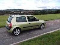 £30 a year to tax ,renault clio 1.5 dci dymonique for sale.